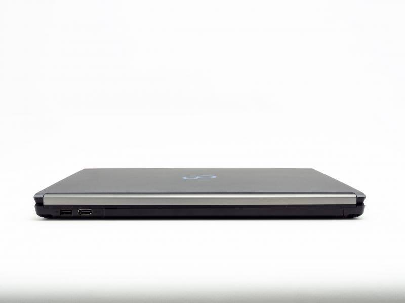 Fujitsu LIFEBOOK E756   Intel Core i7-6600U   15 Zoll   8 GB   256 GB   Windows 10 Pro   DE   Wie neu   1920x1080